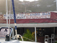 Union Island, Lambis Bar
